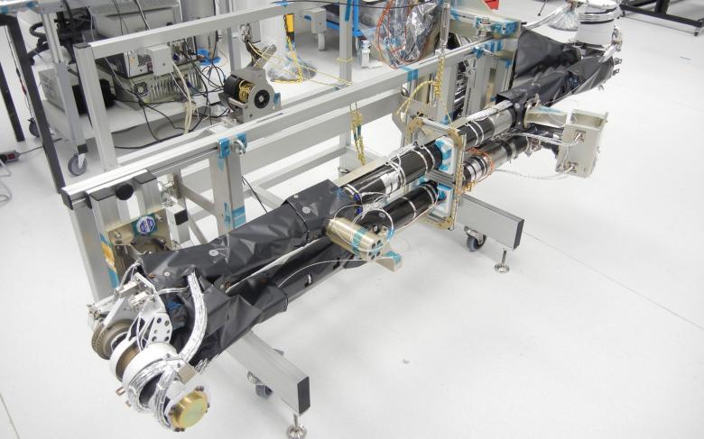 Mástil de instrumentos desplegable Solar Orbiter