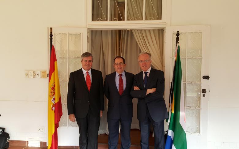 http://prod-plat-senerv3.yunbit.es/ecm-images/sener-recepcion-embajada-espanola-en-sudafrica