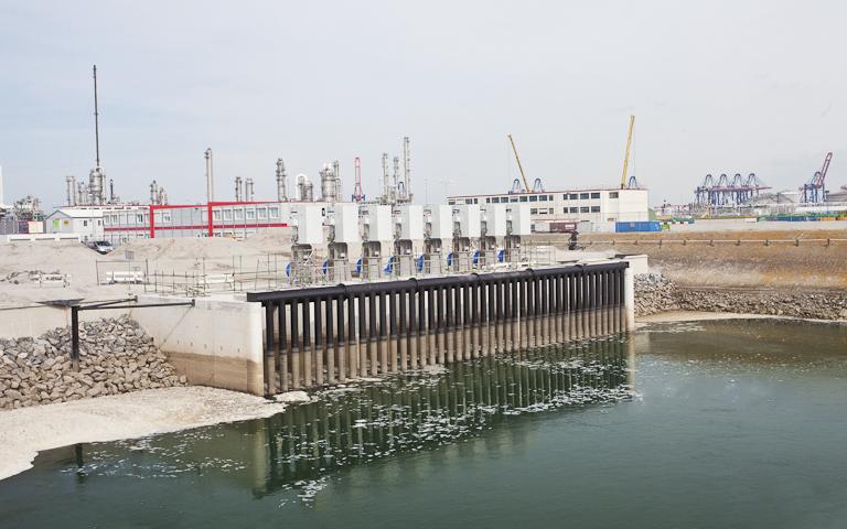 Sistema de circulación de agua de mar en la terminales de regasificación de Gate Terminal, Róterdam (Holanda)