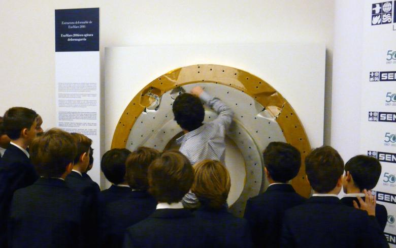 Exposicion 50 años llenan nuestro Espacio