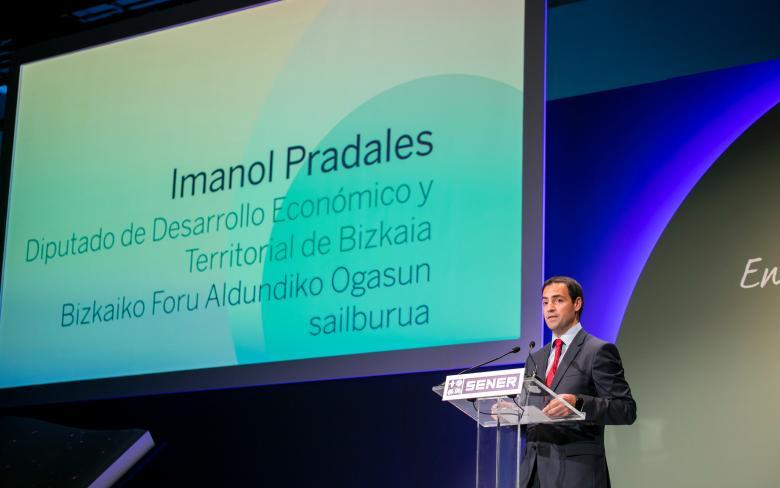 Imanol Pradales en la celebración del 50 aniversario de SENER en Espacio