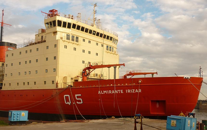 Contrato de ingeniería naval para la Armada Argentina