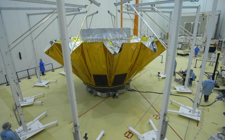 Parasol desplegable para el satélite científico GAIA de la ESA