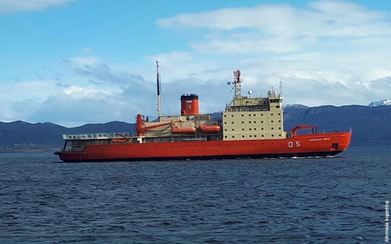 Icebreaker Almirante Irizar
