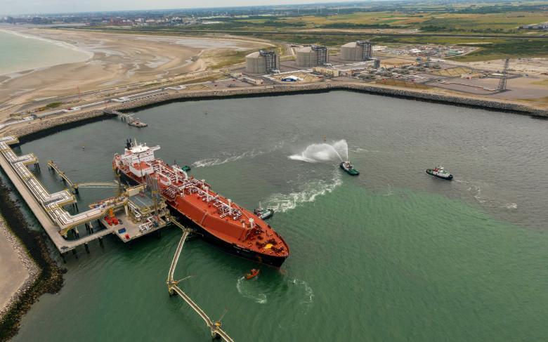 http://www.ingenieriayconstruccion.sener/ecm-images/Llegada-primer-barco-GNL-a-Dunquerque