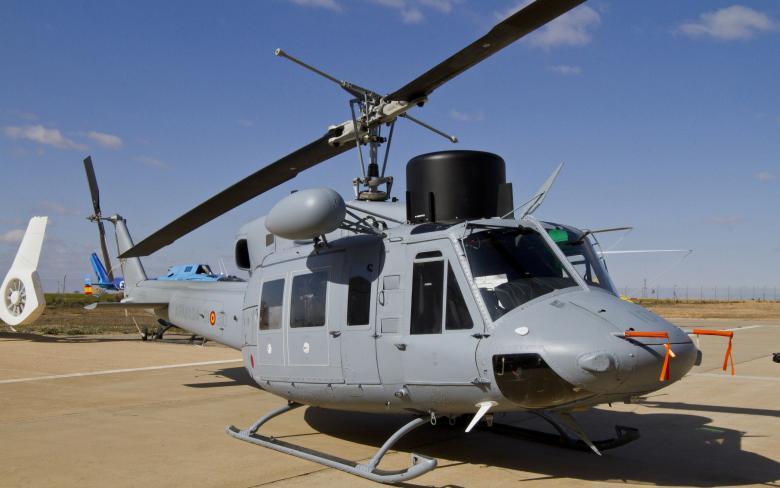 http://www.aerospace.sener/ecm-images/sener-modernizacion-helicoptero-ab212-3