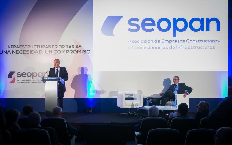 SENER y SEOPAN presentan el informe 'Análisis de la inversión en infraestructuras prioritarias en España'