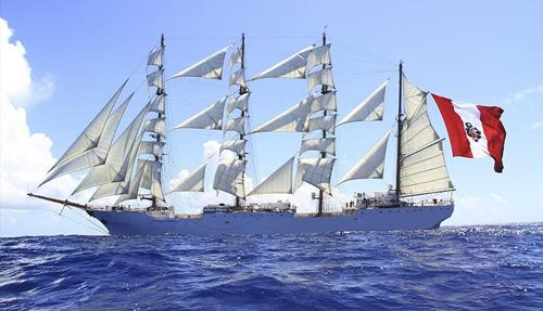 First ocean voyage of the training ship 'Unión'