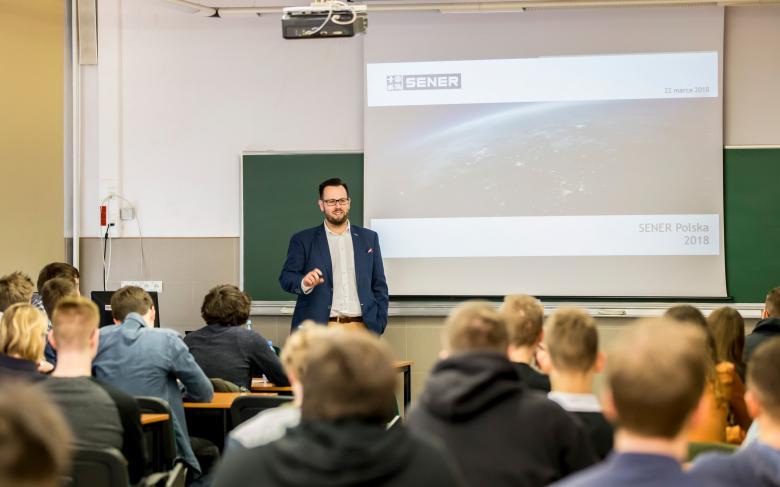 SENER Polska dzieli się wiedzą o sektorze kosmicznym podczas serii spotkań na uczelniach technicznych