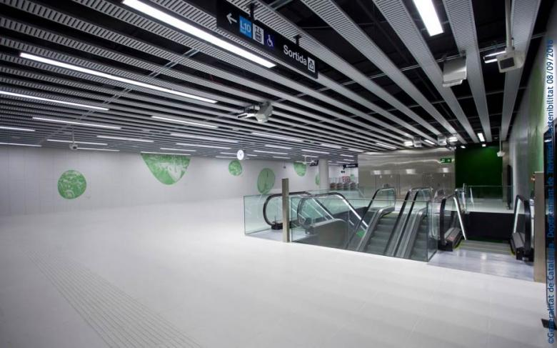 http://www.ingenieriayconstruccion.sener/ecm-images/linea-10-metro-barcelona
