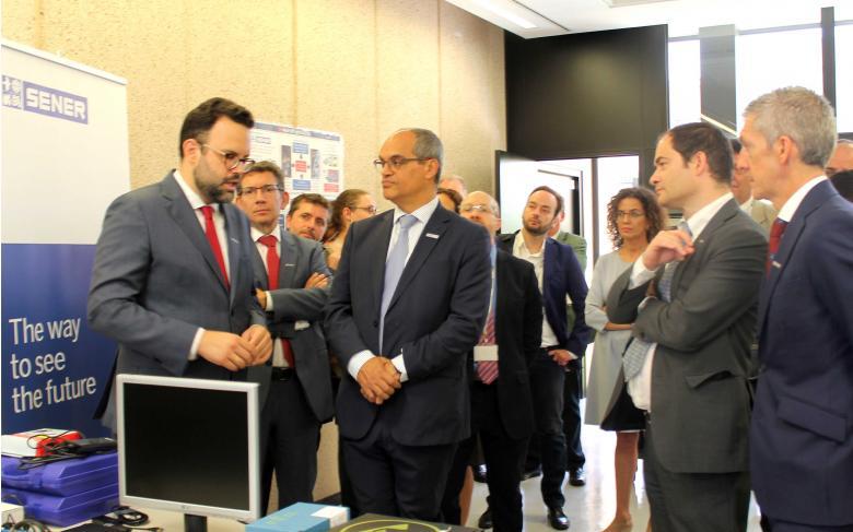 SENER recibe la visita de la Consejería de Educación e Investigación de la Comunidad de Madrid con motivo del proyecto 'Madrid Flight on Chip'