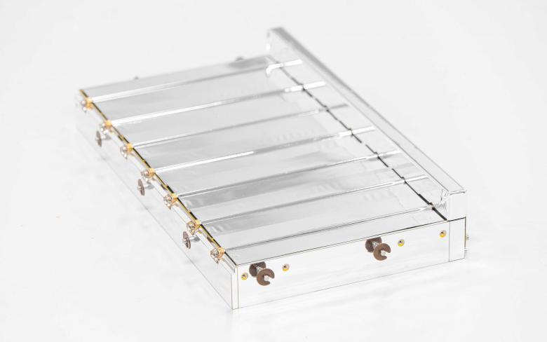 SENER Aeroespacial thermal louvers 7 blades