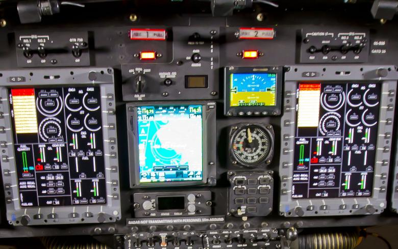 http://www.aeroespacial.sener/ecm-images/cabina-digital-ab212-moderniza-por-sener