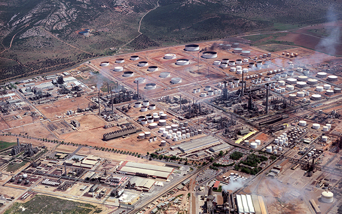 SENER wins its first contract in the refining industry