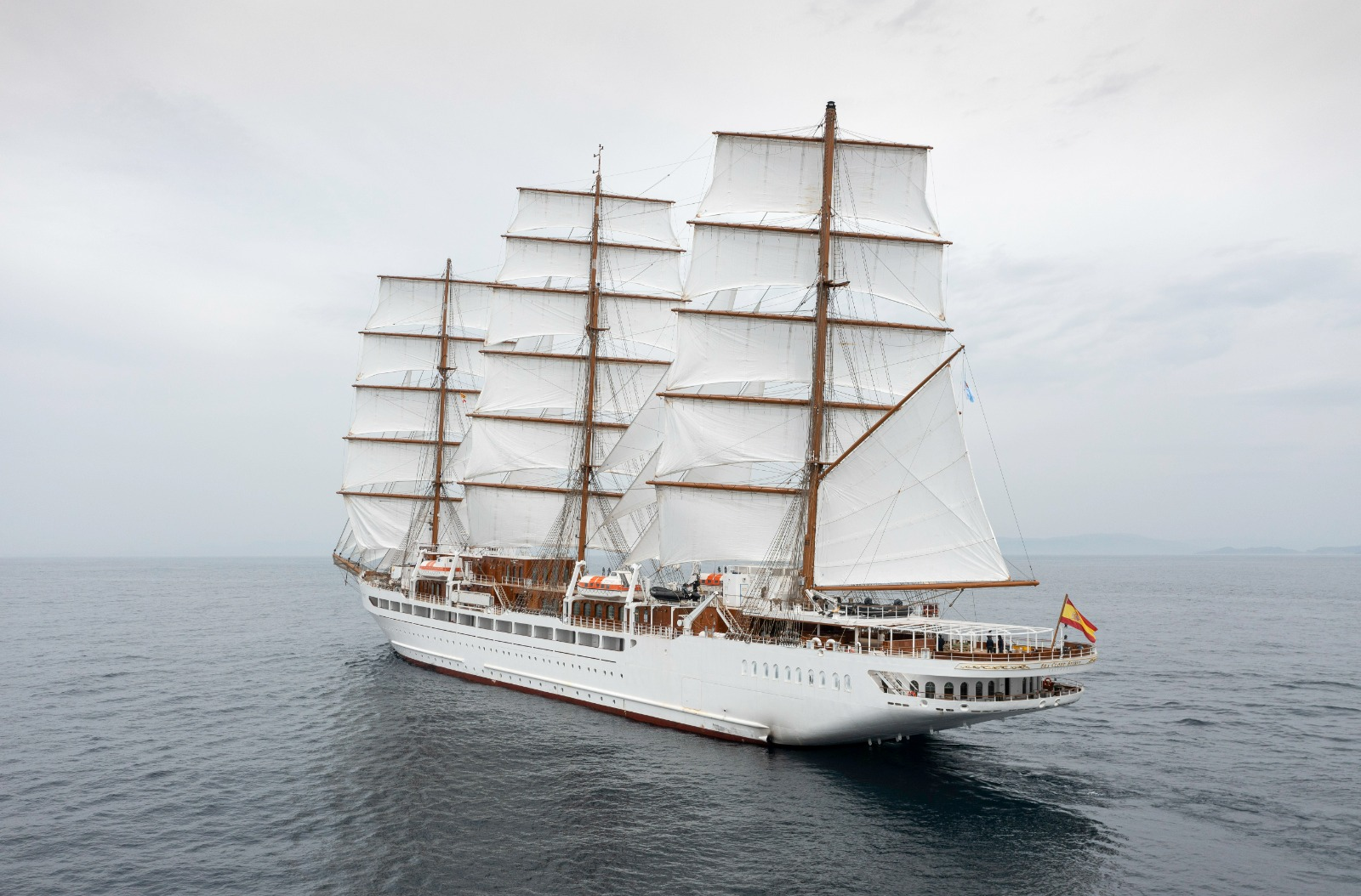 METALSHIPS & DOCKS SHIPYARD OF THE RODMAN GROUP DELIVERS THE SHIP SEA CLOUD SPIRIT INTENDED FOR PREMIUM TOURISM